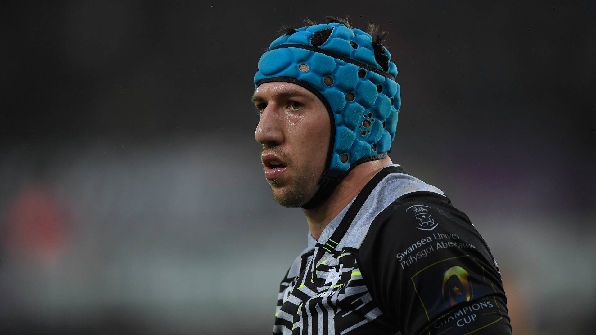 Announcement imminent on Justin Tipuric's future after being linked with numerous high-profile clubs