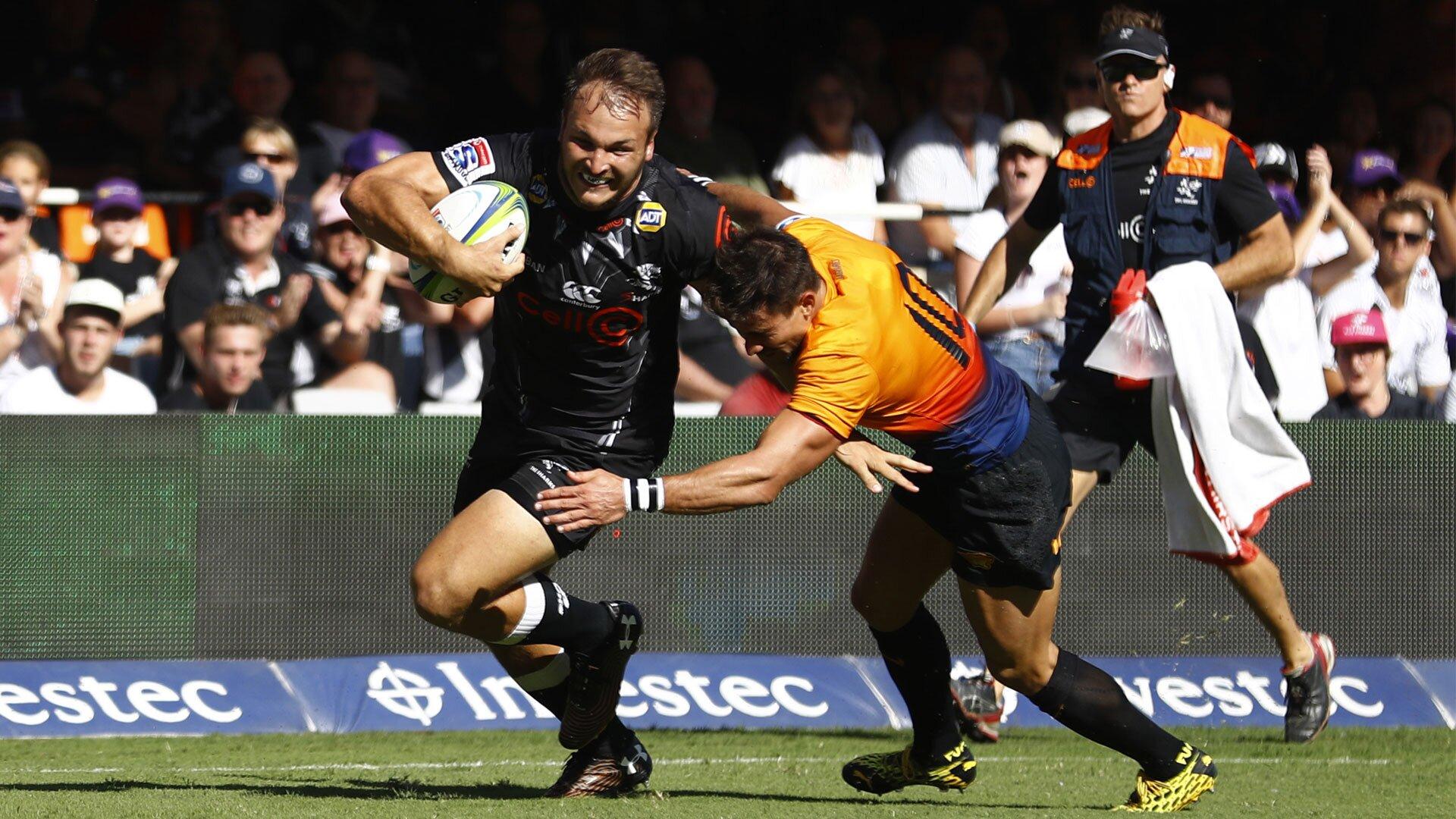 Sharks take top spot on Super Rugby ladder