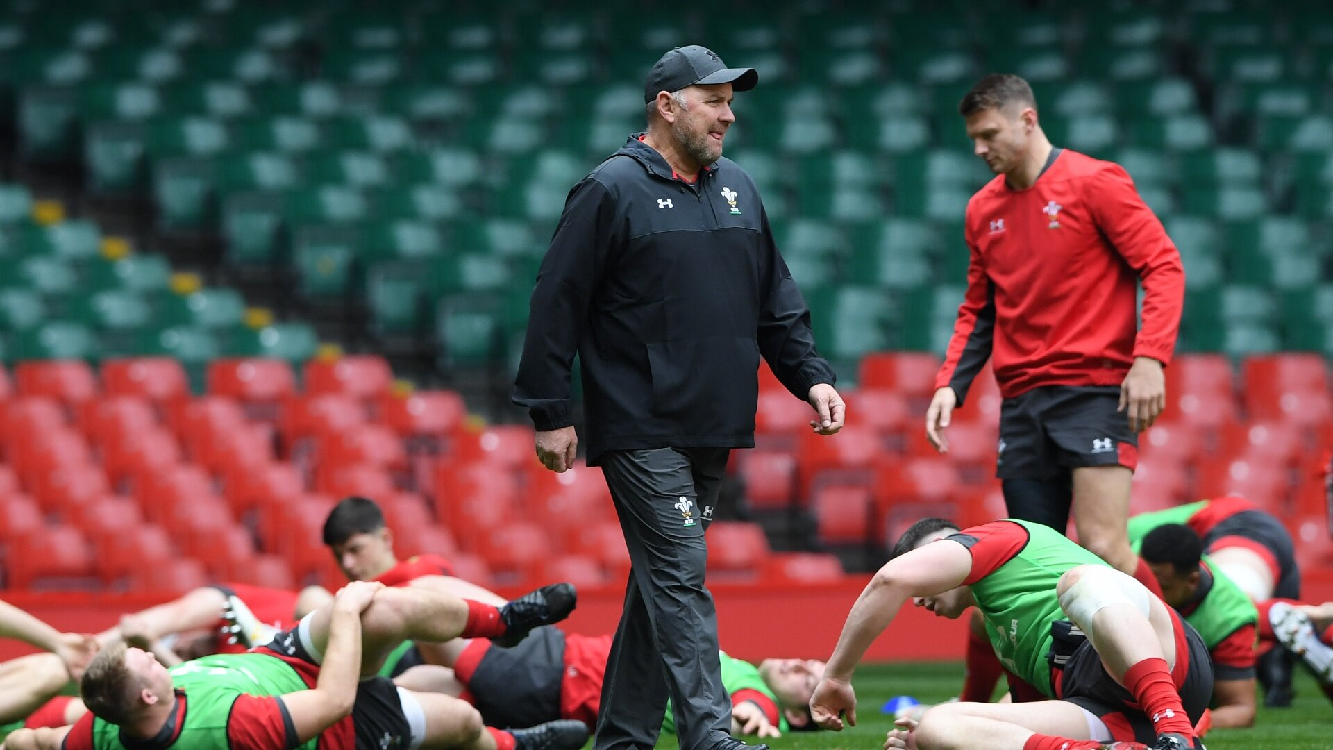 Three members of Wayne Pivac's Wales squad struck down by coronavirus