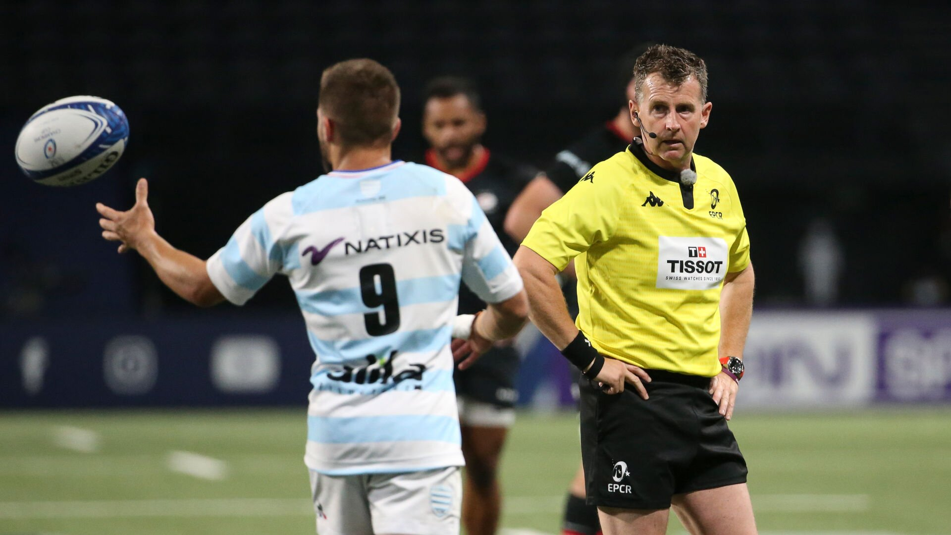 Nigel Owens lauded for refusing to put up with loophole that's annoyed so many fans