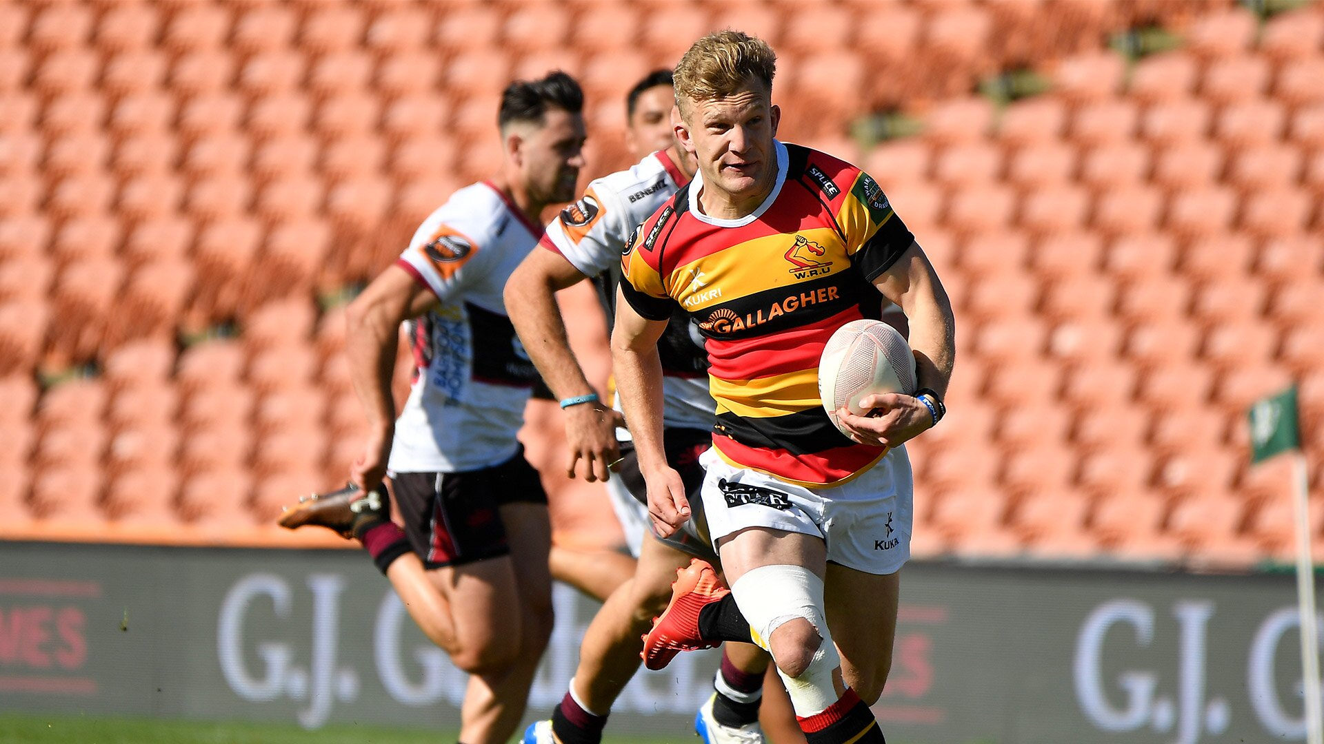 Watch: Damian McKenzie scores second try in as many weeks as Waikato establish themselves as Mitre 10 Cup contenders