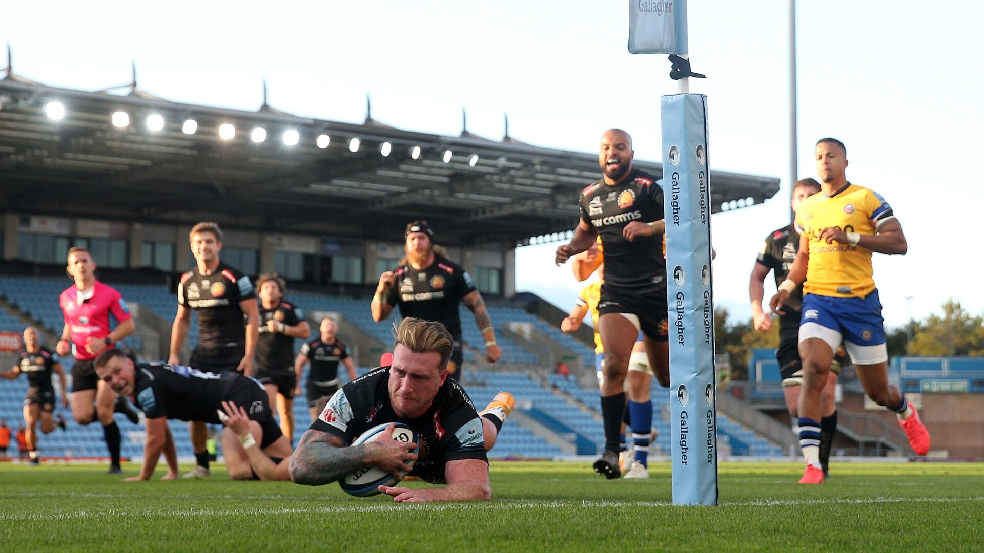 Ruthless Exeter efficiency crushes Bath to edge them closer to Premiership/European double