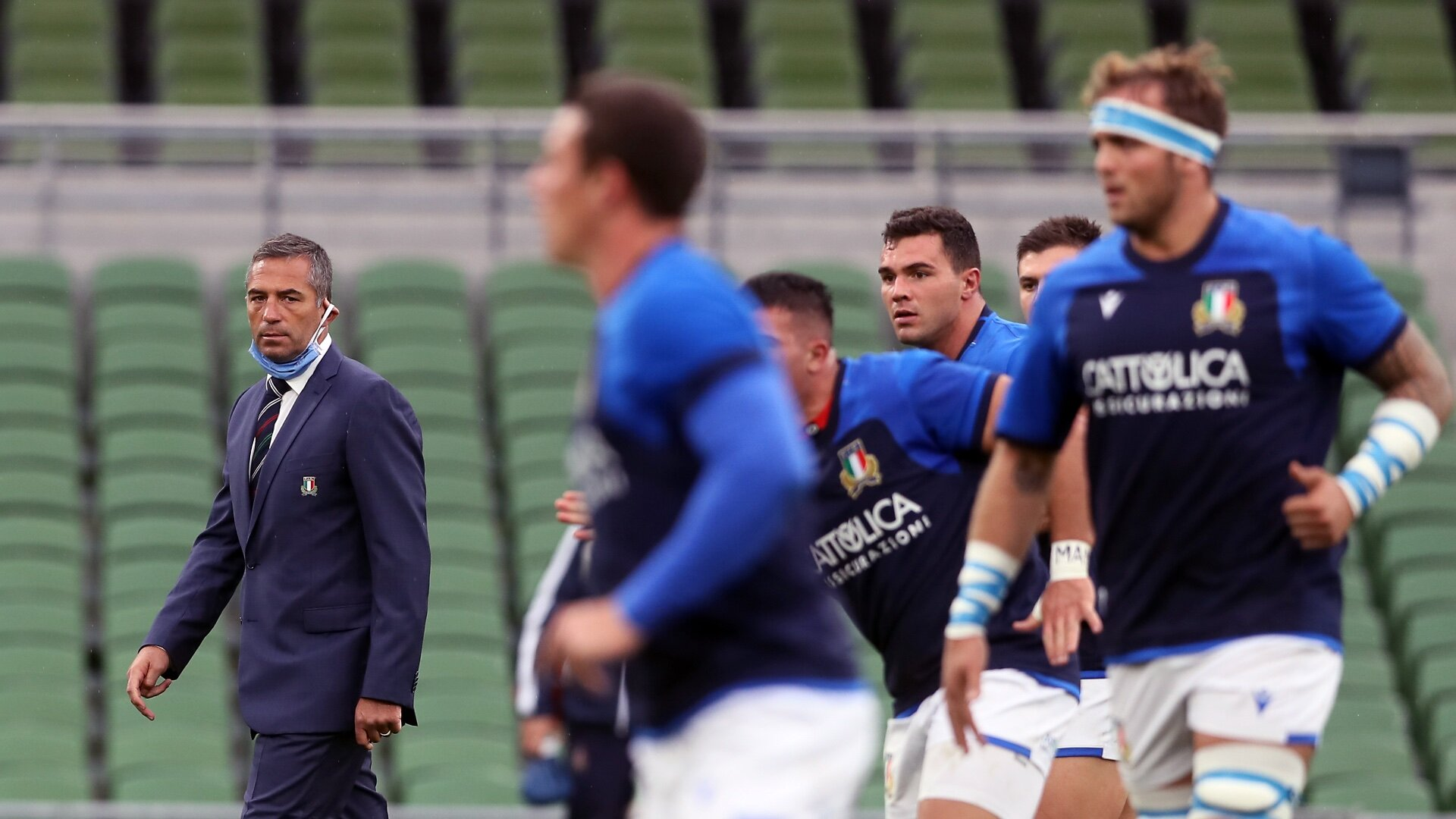 Italy make just 1 change for Saturday's Six Nations visit by England