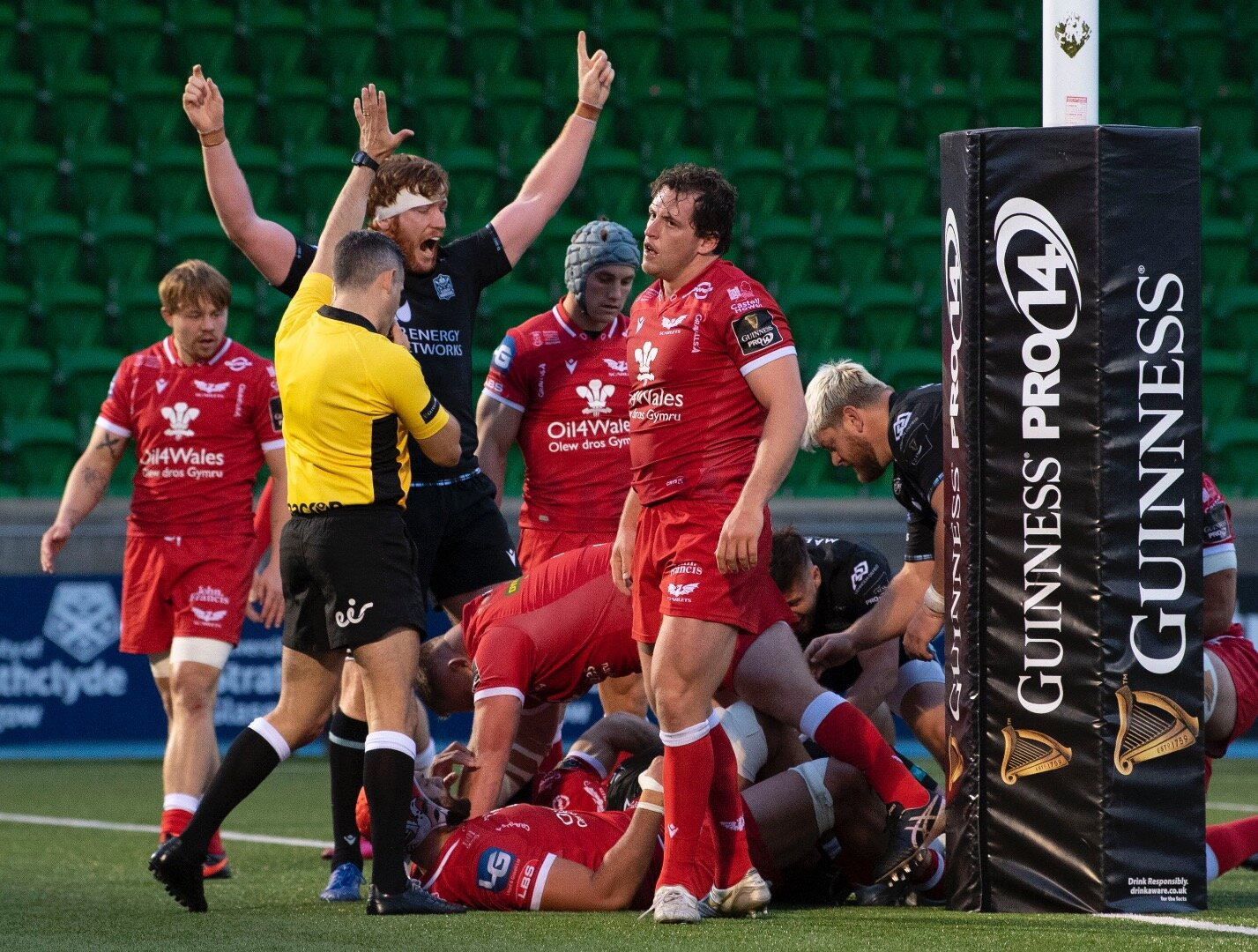 Oli Kebble boosts Scotland hopes with commanding display to help Glasgow beat Scarlets