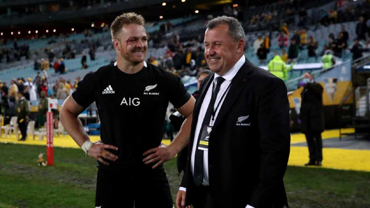 'He doesn't believe that': All Blacks boss Ian Foster weighs in on Sam Cane's comments