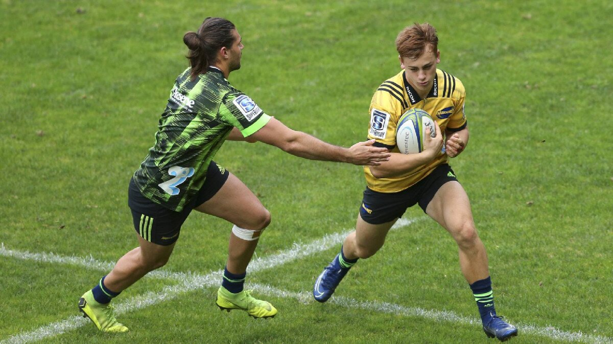 Hurricanes sign 'freakish' Wellington teenager as 2021 squad nears completion
