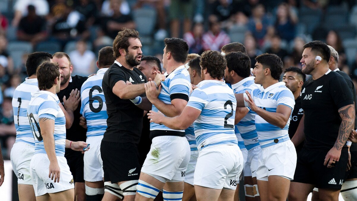'Just smile and walk away' - The All Blacks won't get drawn in by 'jesting' Pumas says Foster
