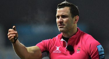 Sinckler-Dickson incident was three refereeing conundrums rolled into one