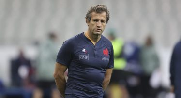 France ease past Italy to set up Autumn Nations Cup final clash against England